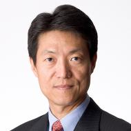 Dennis Yang faculty headshot